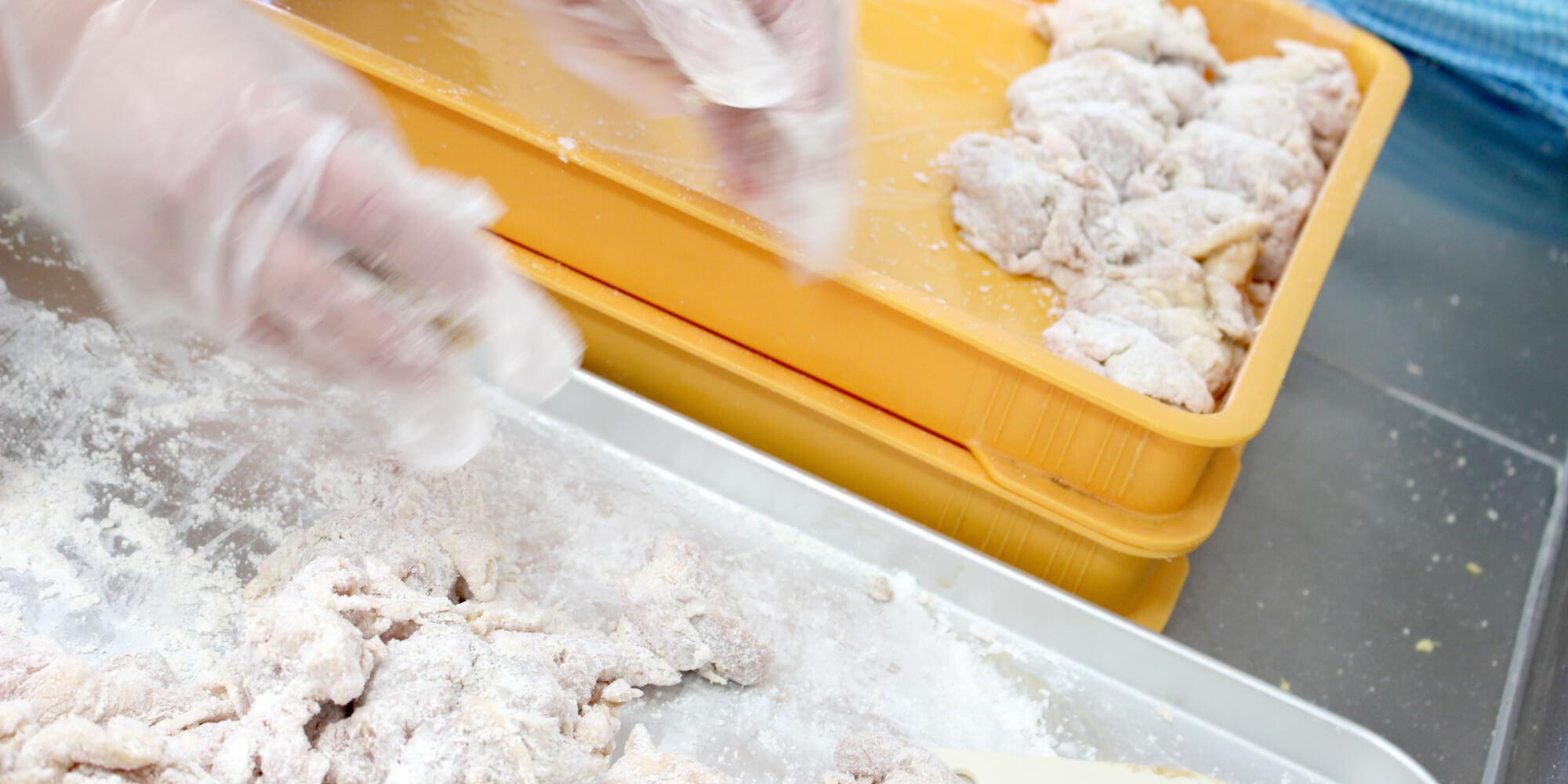 国産鶏肉(冷凍チキン不使用)100%です。